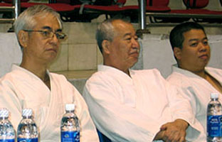 Fukakusa Shihan and Yamada Shihan with Mr. Bui Hoang Lan in Hanoi.