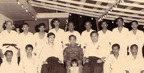 The late Mr. M.K.Lee sitting in the center in the first row next to Tun Rahman Yakub, The Chief Minister of Sarawak at that time.